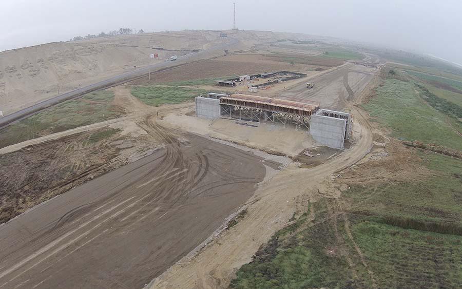 Construcción del Intercambio Vial Chincha Alta (año 2014)